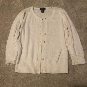Sweaters - Button down 3/4 length sleeves sweater